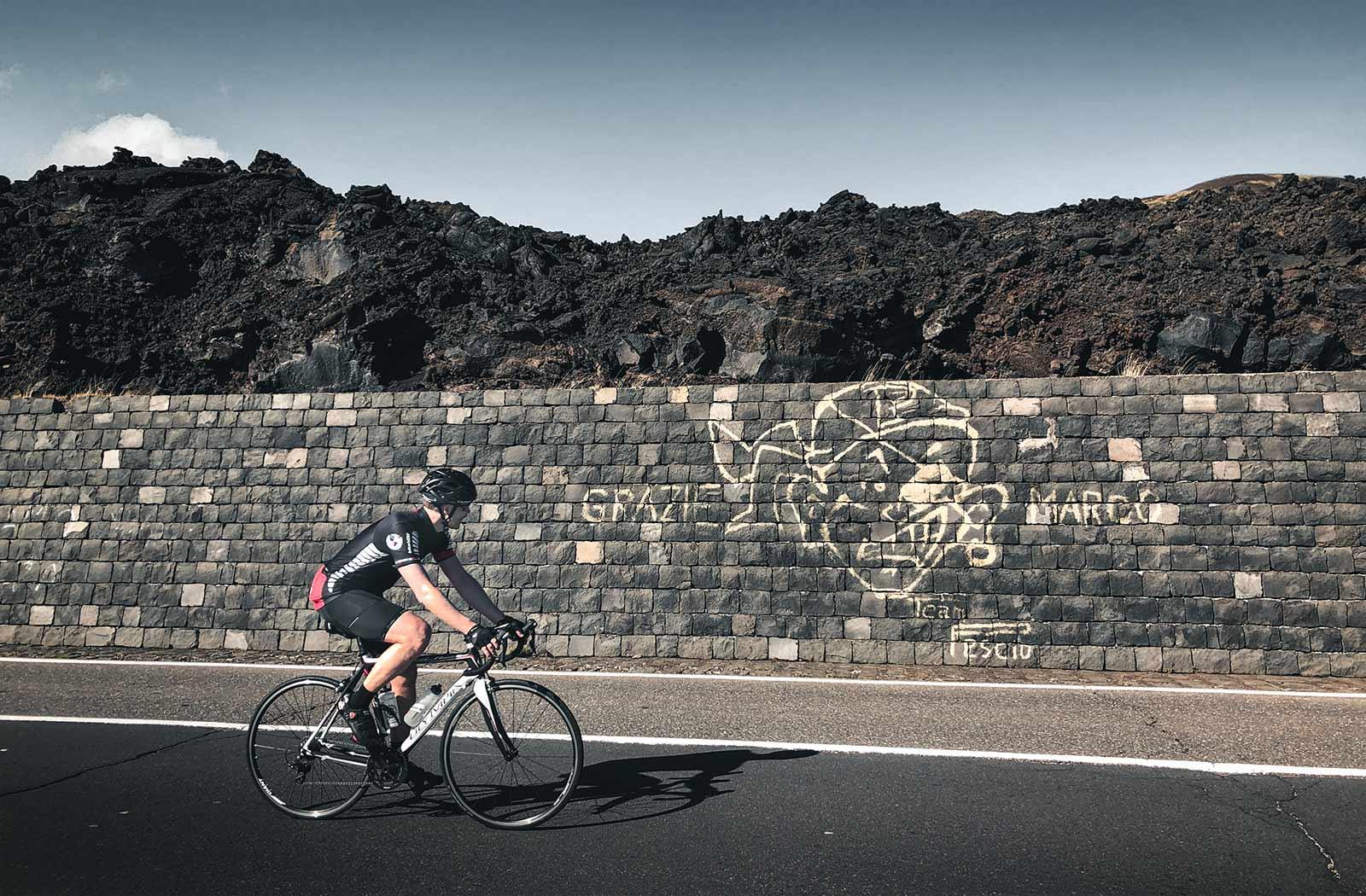 cycling-next-to-pantani-grafiti-on-etna